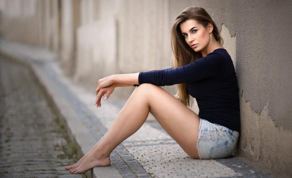 Single Sexy Woman